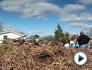 Bay Shore Yacht Club Cleans Up after Sandy